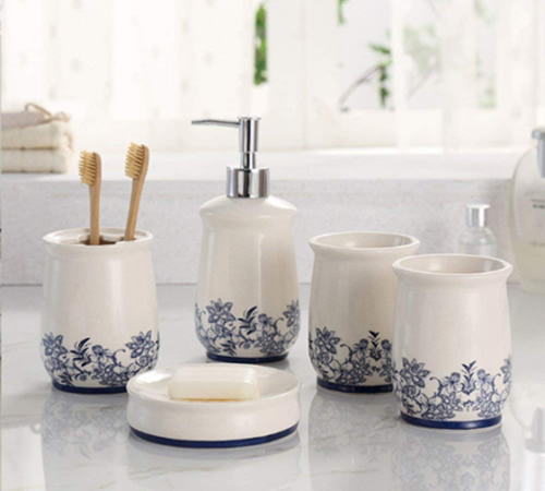 Blue and White 5-Piece Ceramic Bathroom Accessories Set - Blue Willow Bathroom Accessories - myDesign42