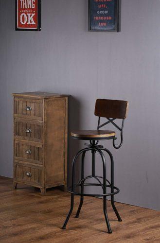 Vilavita's Adjustable Round Wooden Bar Stools