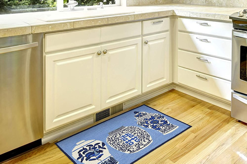 Liora Manne's Ginger Jars Blue 2.5 x 4' Mat used in the kitchen