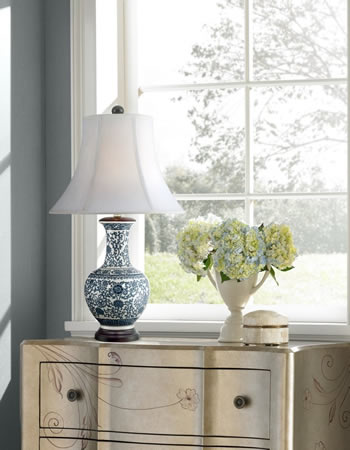 """Barnes and Ivy JCO-X9348 29"""" Windom Blue and White Ceramic Urn Table Lamp"""