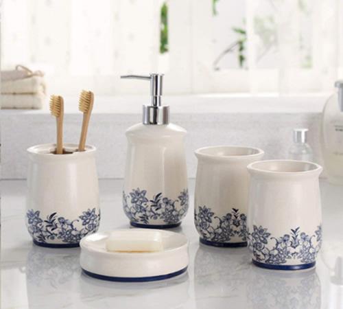 Blue and White 5-Piece Ceramic Bathroom Accessories Set - Blue Willow Bathroom Accessories - myDesign42