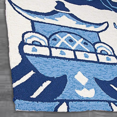 The hand-looped front of the rug - Indoor/Outdoor Blue Willow Pagoda Rugs from Dream Decor