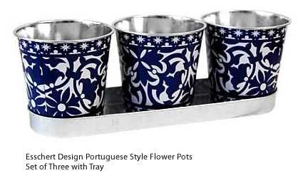 Esschert Design Portuguese Style Three Small Metal Flower Pots on a Tray