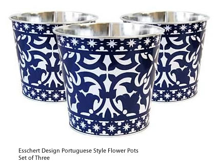Esschert Design Portuguese Style Set of Three Metal Flower Pots