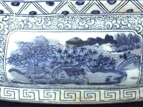 Detail on Asian Style Furnishing Landscape Scene Blue and White Porcelain Foot Basin with Stand