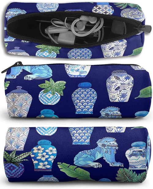 Blue and White Chinoiserie Foo Dogs and Ginger Jars Zip Case
