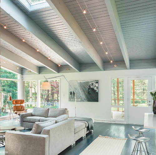 Tech Lighting Kable with K-Pivot Lights Cable Lighting on a ceiling with exposed beams