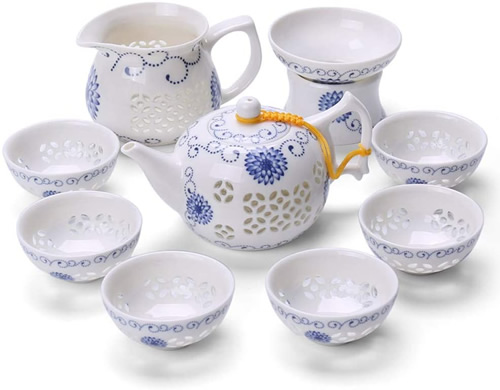 Tea Set with Pierced Pattern