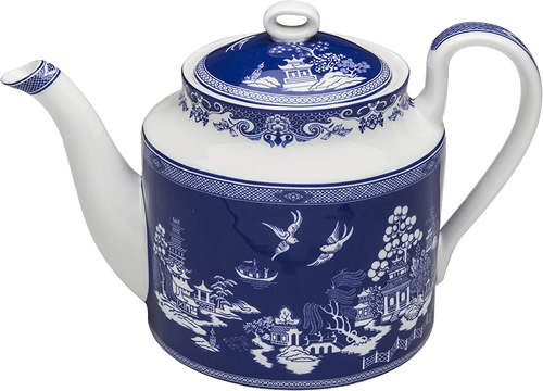 Grace Teaware Reverse Blue Willow Bone China 4-cup Teapot
