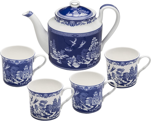 Grace Teaware Reverse Blue Willow Bone China 4-cup Teapot and Coffee or Tea Mugs