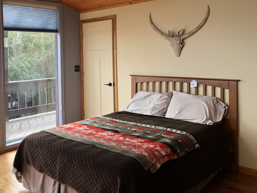 Guest Bedroom at Indian Cave Lodge