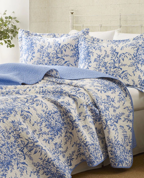 Bedford Delft Blue Quilt Set from Laura Ashley Home