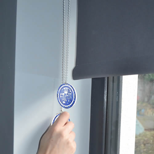 Blue Willow Plate on Blinds Pull Chain