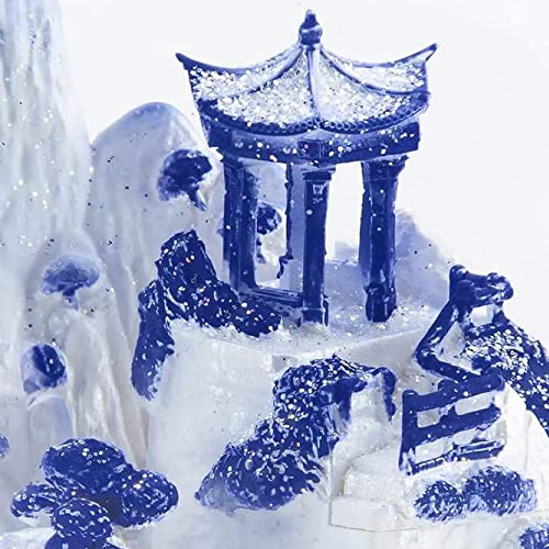 The pagoda inside the Blue Willow Snow Globe