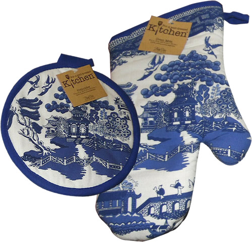 Kay Dee Designs Blue Willow Pot Holder and Oven Mitt
