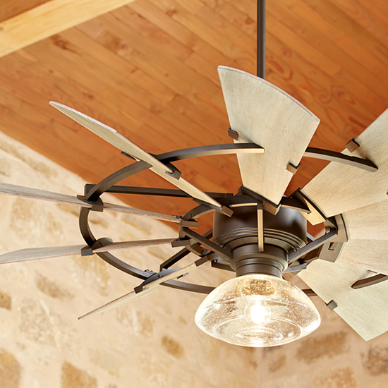 "Quorum 52"" Windmill Ceiling Fan with Quorum 1902 Clear Seedy Glass Damp Location Light Kit"