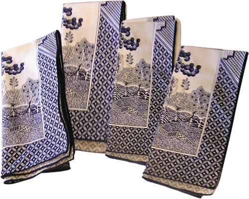 Royal Linens Johnson Brothers Blue Willow Cloth Napkins