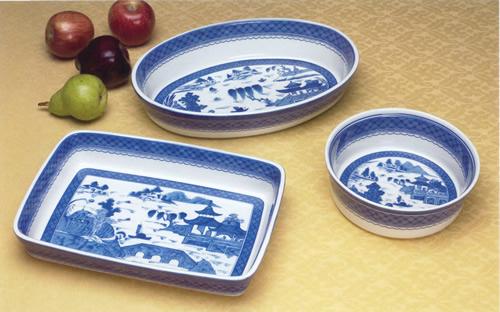 Mottahedeh Blue Canton Oval Casserole, Medium Rectangular Baker and Round Souffle