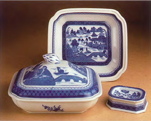 Mottahedeh Blue Canton Covered Vegetable Server with Lid and Leaned up to see inside with the Master Salt
