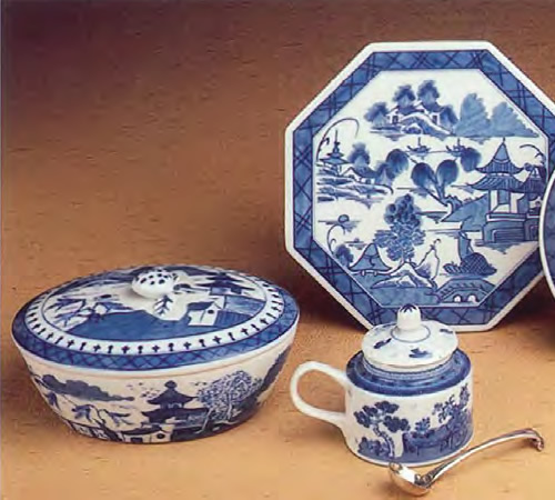 Mottahedeh Blue Canton Covered Oval Box, Mustard Pot and Octagonal Tile