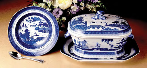 Mottahedeh Blue Canton Rim Soup Plate and Octagonal Tureen and Platter