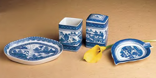 Mottahedeh Blue Canton Oval Tray, Cup, Covered Square and Leaf Tray