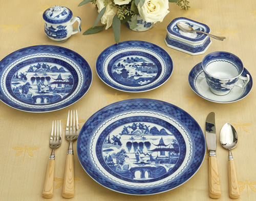 Mottahedeh Blue Canton Five Piece Place Setting with Pot de Creme and Master Salt